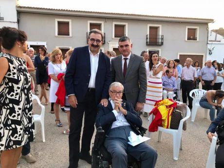 Castilla-La Mancha se suma al acto de reconocimiento que la localidad de El Cañavate ha realizado a Francisco Luzón