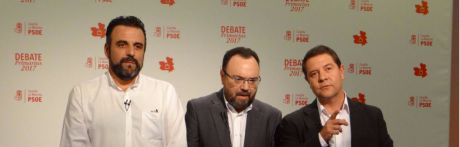 García-Page reivindica sus logros frente al PP y Blanco se aferra a la militancia