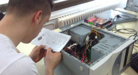 La Junta implantará un curso de Garantía Juvenil de operario de instalaciones eléctrica en Motilla del Palancar