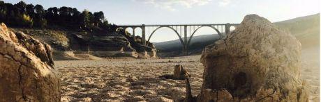 """La Federación de Vela de Castilla-La Mancha suspende su actividad deportiva en el embalse de Entrepeñas """"debido a la falta de agua, motivada por el Trasvase"""""""