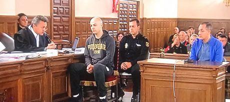 Caso Morate   Morate comentó a la policía que la presencia de Laura alteró sus planes