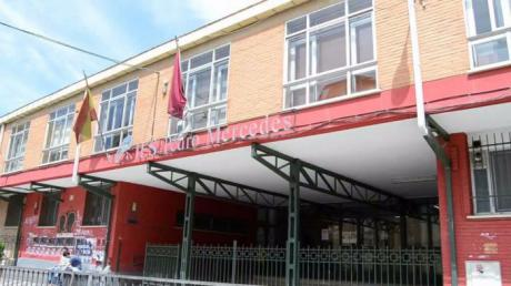 El Gobierno regional tiene previsto invertir cerca de tres millones de euros en centros educativos de la capital durante 2018