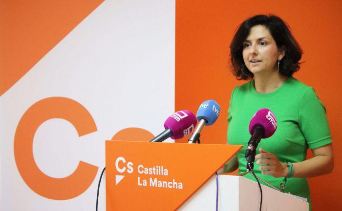 """Orlena De Miguel: """"Volvemos a repetir errores del pasado. En Cs pensamos que a la hora de elaborar los presupuestos tenemos que saber de cuánto disponemos, y después, priorizar el gasto"""""""