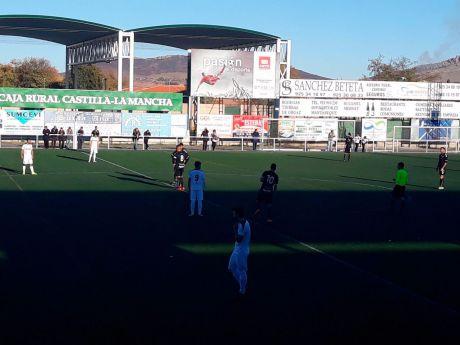 El Mora CF pone fin a la racha positiva del Conquense (2-1)