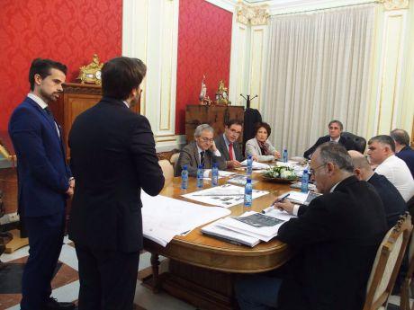 El Consorcio conoce el proyecto de Rehabilitación de las Casas Colgadas y la propuesta de la Junta para mejorar la accesibilidad al Casco Antiguo
