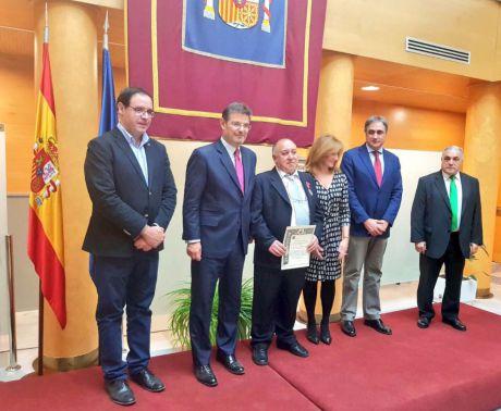 Catalá dice que el teniente fiscal garantiza la continuidad de la institución