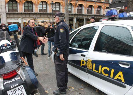 La Policía Nacional aumenta su presencia en calle y comercios contra los robos en Navidad