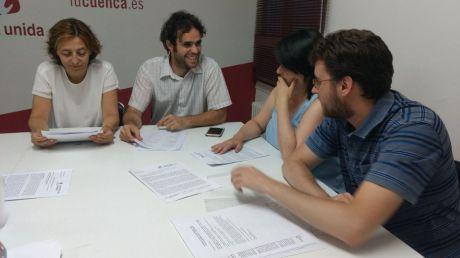 """Para IU, """"la traición del PP en la Diputación cuesta mucho dinero a las y los conquenses"""""""