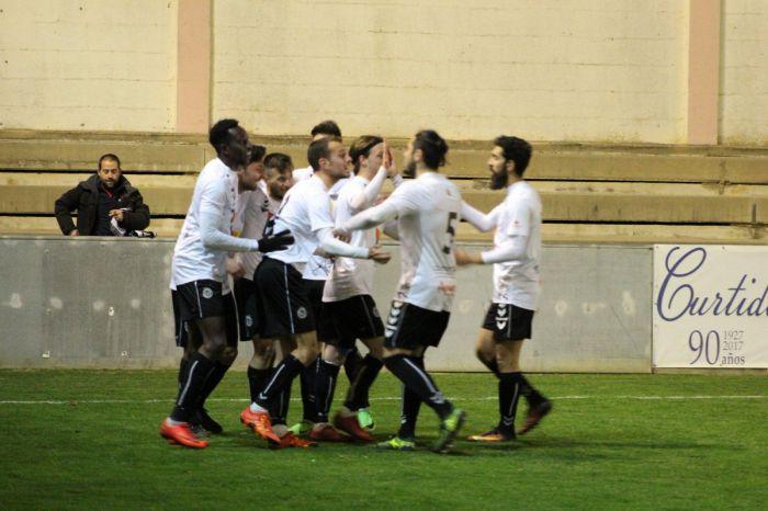 Un gol de Vicky otorga tres puntos de oro a la Balompédica en Almansa (0-1)