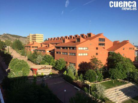 El Campus de Cuenca abre un aula de estudio nocturna