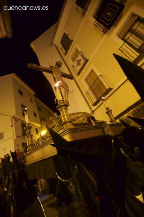 La procesión de las Siete Palabras marca el Lunes Santo conquense
