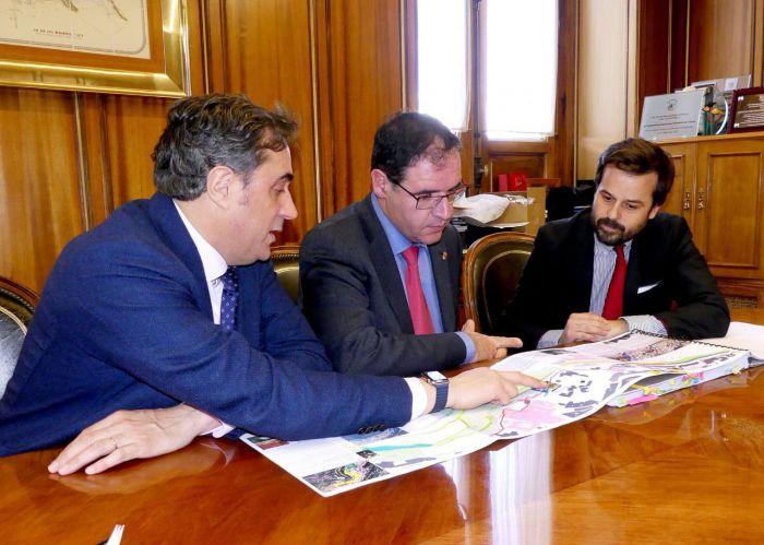 Diputación y Ayuntamiento estudian otra alternativa al proyecto de accesibilidad al Casco Antiguo presentada por la Junta