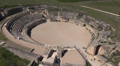 """La Junta asegura que """"no habrá problemas"""" para que el XXXIV Festival de Teatro Grecolatino se puedan celebrar en el Teatro Romano de Segóbriga"""