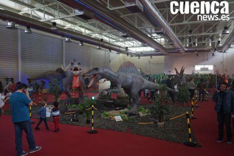 Los dinosaurios llegan al Recinto Ferial La Hípica