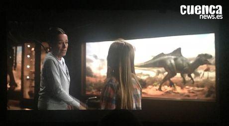 Fotograma de la película  Jurassic Worl: el reino caído dónde se ve  Concavenator Corcovatus