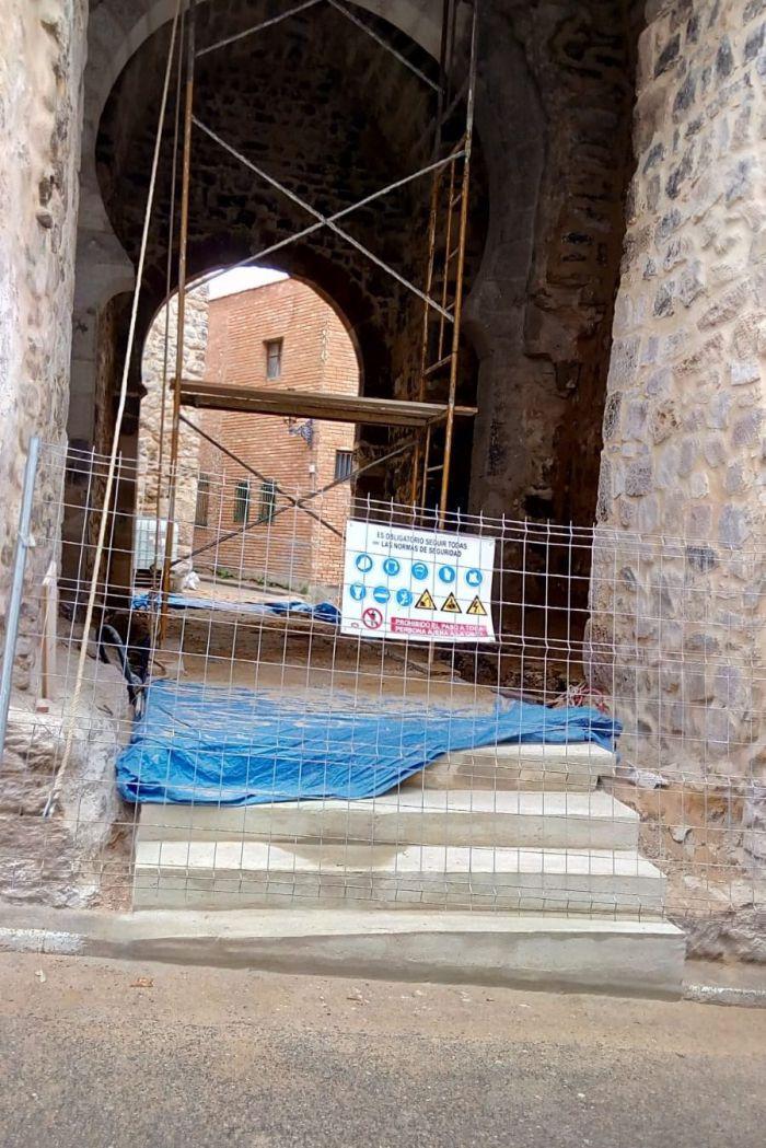 Diputación elimina la accesibilidad en la muralla de Cañete tras su rehabilitación