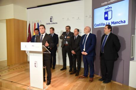 García-Page avanza que serán cerca de 8.500 los beneficiarios del Plan de Empleo, de ellos 681 mujeres del entorno rural y 109 víctimas de violencia de género