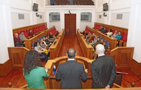 La sede del parlamento regional vuelve a abrir el miércoles sus puertas a la ciudadanía