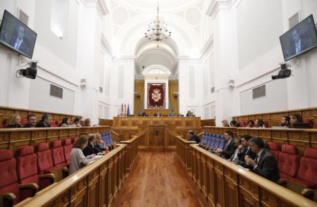 El Pleno de las Cortes regionales aprueba por unanimidad la Ley de Evaluación Ambiental