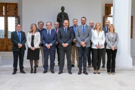 Castilla-La Mancha se marca el objetivo de remitir al Congreso un nuevo Estatuto antes de fin de año