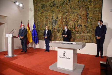 La Junta blinda la inversión pública en los servicios sanitarios en el 'Pacto para la Recuperación de Castilla-La Mancha'