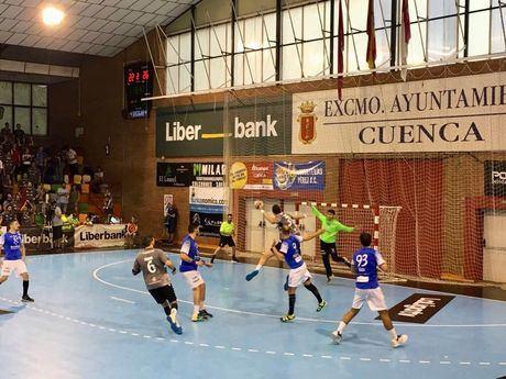 El Liberbank Cuenca pierde su primera batalla liguera ante el Atl.Valladolid (33-34)