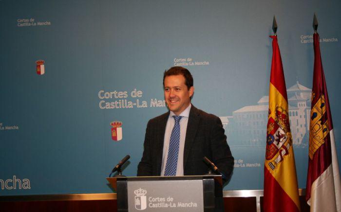 Velázquez quiere presidir el PP de la región para integrar y ser alternativa de gobierno