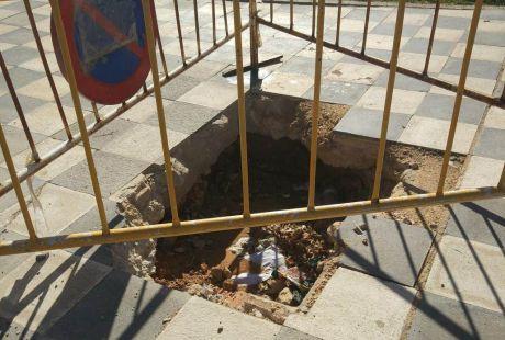 El Grupo Municipal Socialista exige que se acondicionen el barrio de Villa Román y el camino de las Arenotas