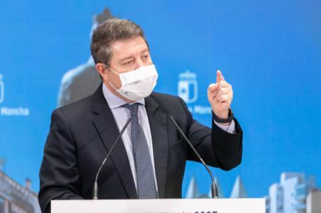 """García-Page apoya al Gobierno central """"en la defensa de nuestro modelo de convivencia"""" y critica la tibieza de Podemos para condenar la violencia"""