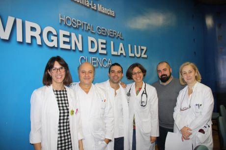 Cinco servicios hospitalarios presentan los avances en el tratamiento del cáncer de mama en el 'Virgen de la Luz'