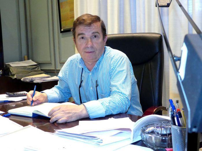 Piden la dimisión del diputado David Cuesta por retrasar una intervención de los bomberos para ahorrase las horas extras