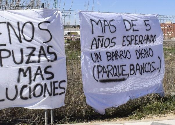Ciudadanos insta al equipo de Gobierno a dotar de forma urgente de mobiliario urbano al barrio de Cerro de la Horca