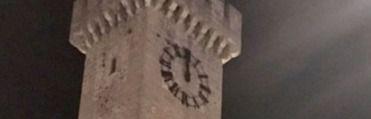 La Torre de Mangana ya esta lista para dar las campanadas de la Nochevieja y las 'preuvas' del día 30