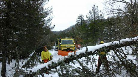Protección Civil recomienda precaución ante las nevadas y el fuerte viento