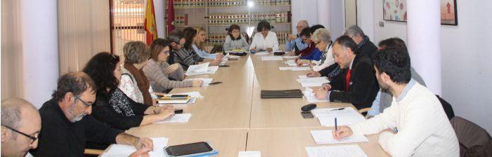 Sanidad informa al Consejo de Salud de las mejoras asistenciales y de la inversión en equipamiento y tecnología en el área sanitaria de Cuenca