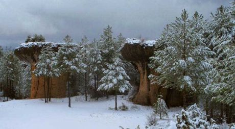 Nieve y carámbanos de medio metro en la Ciudad Encantada