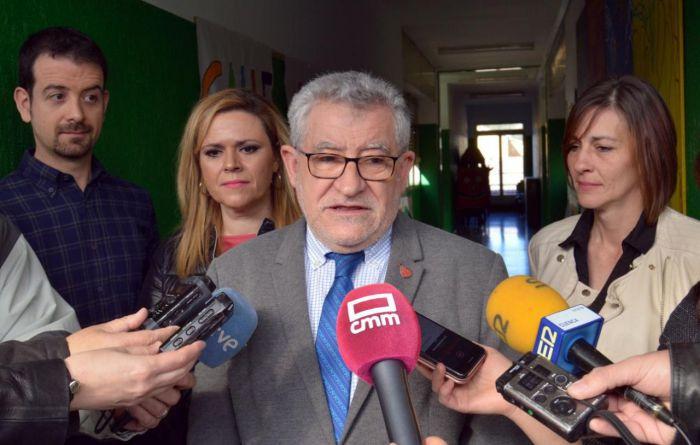 Ángel Felpeto ha lamentado que se impida utilizar la Casa Zavala para la exposición temporal tal y como estaba acordado pues sin duda era una buena noticia para Cuenca