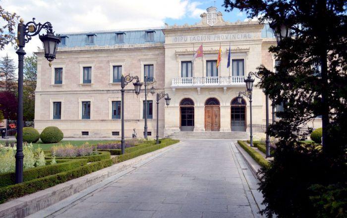 Diputación concede a 36 municipios 2,3 millones de euros en ayudas para obras por valor de 6 millones de euros