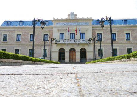 Diputación apuesta por unas jornadas para mostrar a la sociedad su historia, el palacio y su patrimonio artístico