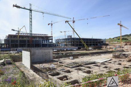 El Consejo de Gobierno aprueba una indemnización de 7 millones de euros por la paralización de las obras del hospital de Cuenca