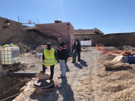 La obra de urbanización del exterior de la Plaza de Mangana finalizara antes del 30 de abril