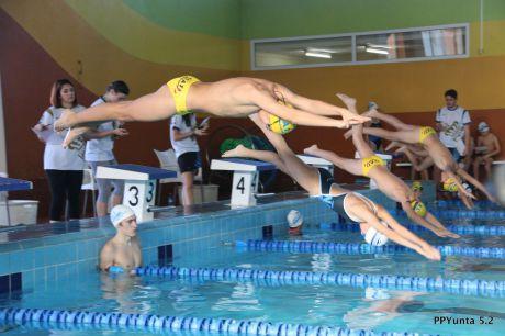 Abierto el plazo para la preinscripción en los cursos de verano de natación para niños de 4 a 14 años