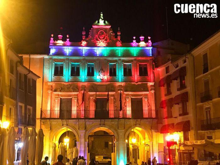 El documental sobre la restauración de las fachadas del Ayuntamiento se estrena hoy en el Centro Aguirre