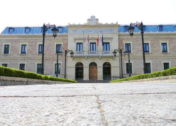 Diputación sigue ayudando a los Ayuntamientos con 55.000 euros para mantener los agentes de Empleo y Desarrollo Local