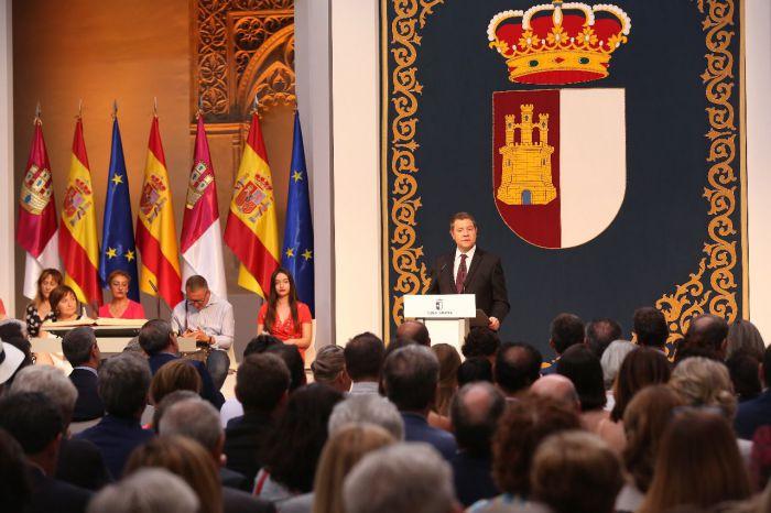 García-Page ofrece más diálogo, más pactos, más cercanía y más moderación