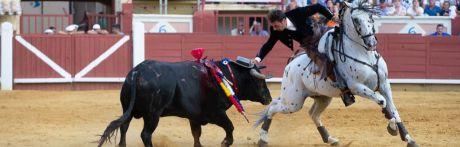 Andy Cartagena y Guillermo Hermoso de Mendoza ponen la feria patas arriba