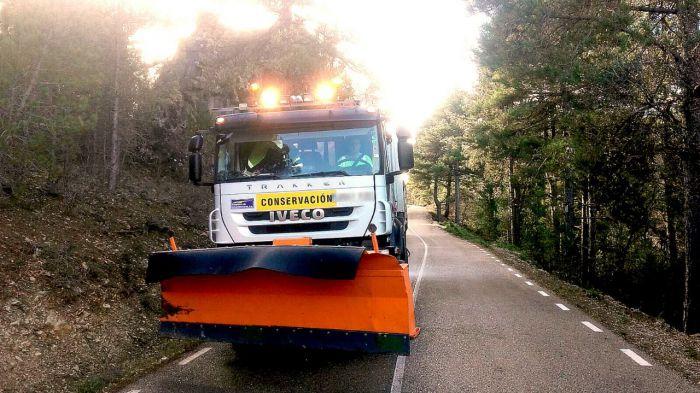 La Diputación pone en marcha el plan de alerta ante el riesgo de nevadas y hay tres camiones quitanieves trabajando