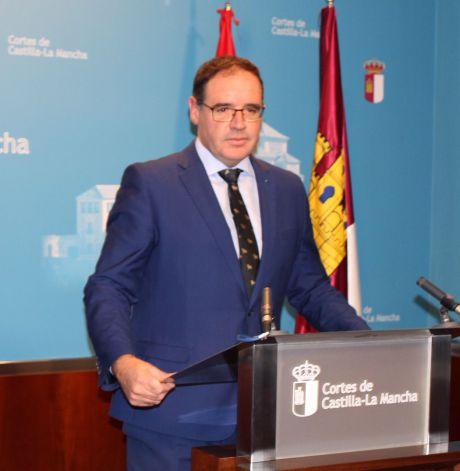 Prieto solicita al Gobierno regional que destine los recursos necesarios para adecuar el entorno medioambiental y dotar así de oportunidades al mundo rural
