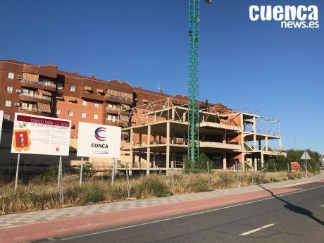 El PP pretende dar viabilidad al edificio inacabado de la Ronda Oeste y establecer bonificaciones para fomentar el empleo