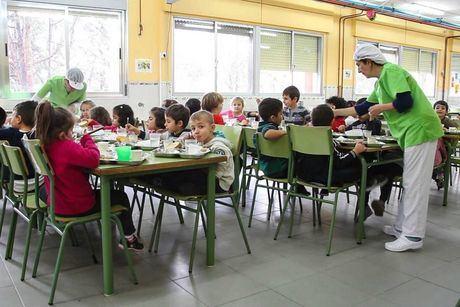 La Junta abrirá los comedores escolares en Navidad a más de 3.500 alumnas y alumnos de familias en situación desfavorecida
